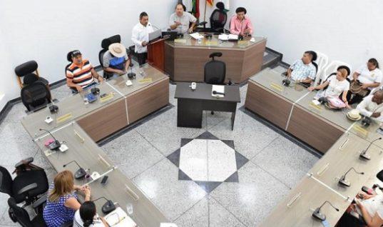 Se hundió en Comisión proyecto de presupuesto del 2016. Alcaldía lo adoptará por decreto.