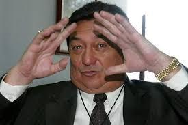Julio Acosta rompe su silencio en Kapital. Habla de los amigos 'voltiaos' y dice que las elecciones eran pelea de tigre con burro amarrado.