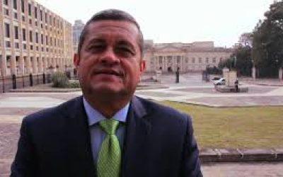 Pasado de tragos Representante, Vanegas, habría amenazado a periodista y dueño de emisora en Arauca. Denuncia ya está en la Fiscalía.