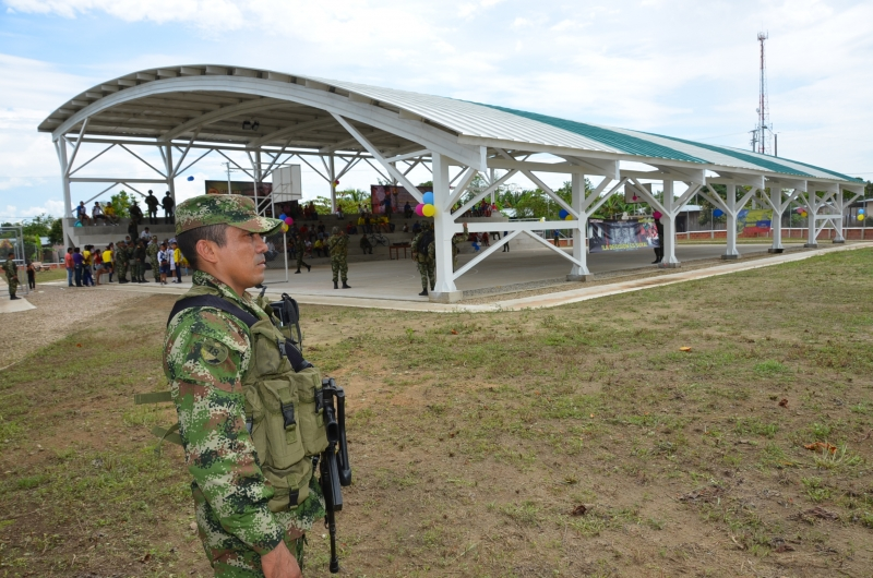 De luto la Armada en Arauca. En partido de fútbol murió infante de marina al caer y golpearse la cabeza