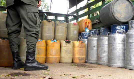 Cerca de mil galones de gasolina fueron incautados por el Ejército en zona rural de Arauquita