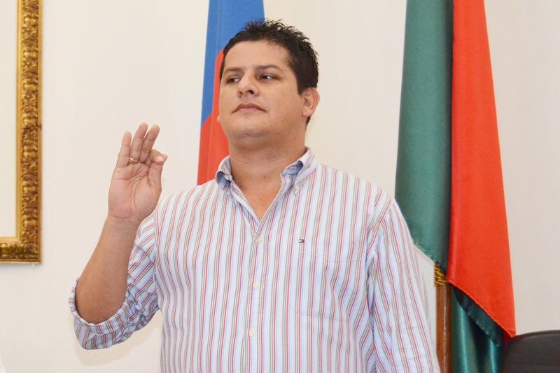 Nuevamente Diputado Leison Botia podría salir del cargo. Tribunal Administrativo admitió demanda de perdida de investidura