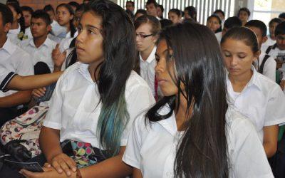 Solo faltan por matricular 495 estudiantes en el departamento