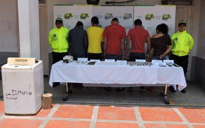 Desarticulan banda delincuencial Los Cauchos. Según la Policía, la diligencia de allanamiento y registro se cumplió en el barrio Miramar.
