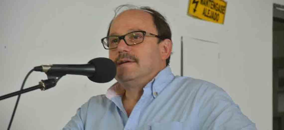 Gobernador demandó al magistrado, Edgar Cabrera