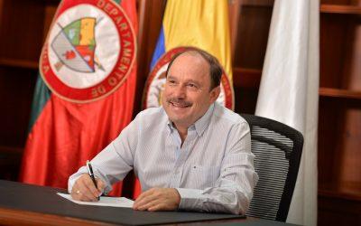 Gobernador, anuncia declaratoria de emergencia por paro camionero
