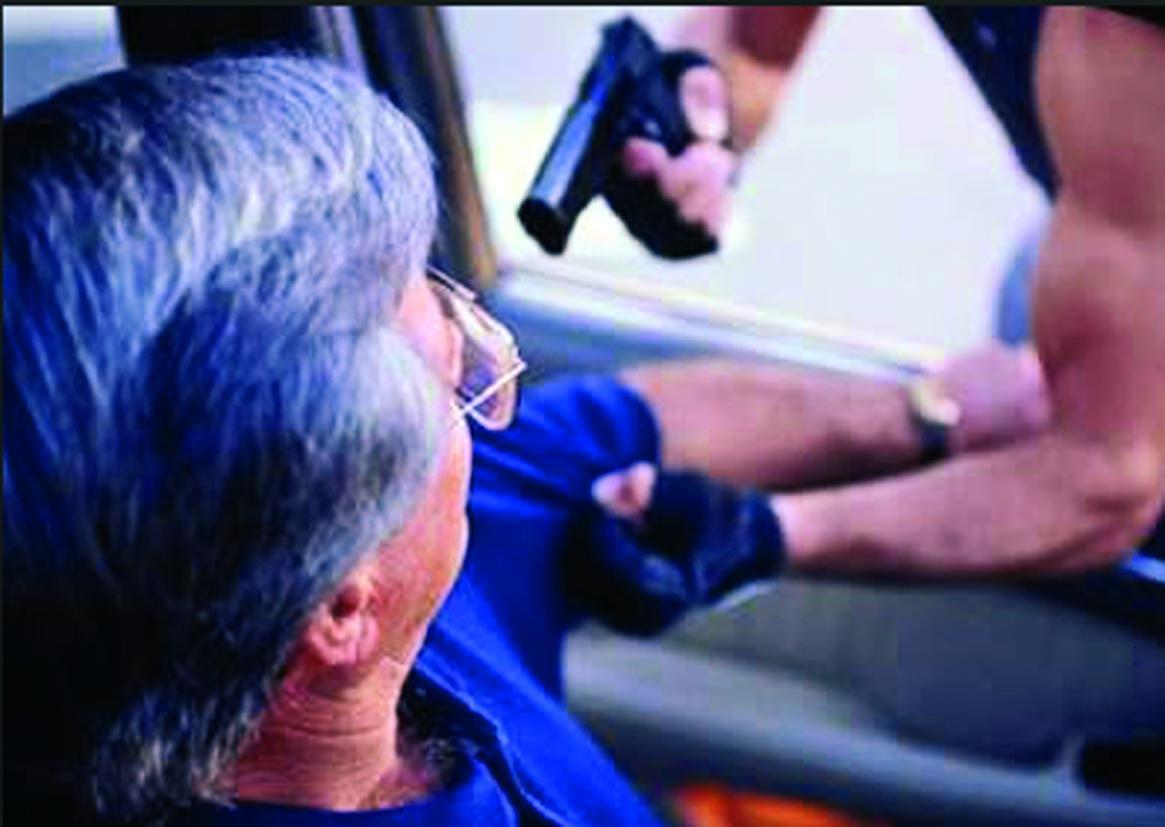 En Saravena atracaron a madre de familia cuando llevaba sus hijos al colegio. La amenazaron con armas de fuego y se le llevaron la moto.