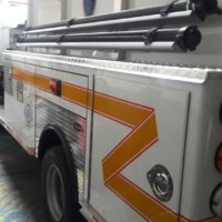 Con carro-tanques de bomberos de Arauca se garantiza el riego de las  zonas verdes del parque central y la Avenida Juan Isidro Daboín.