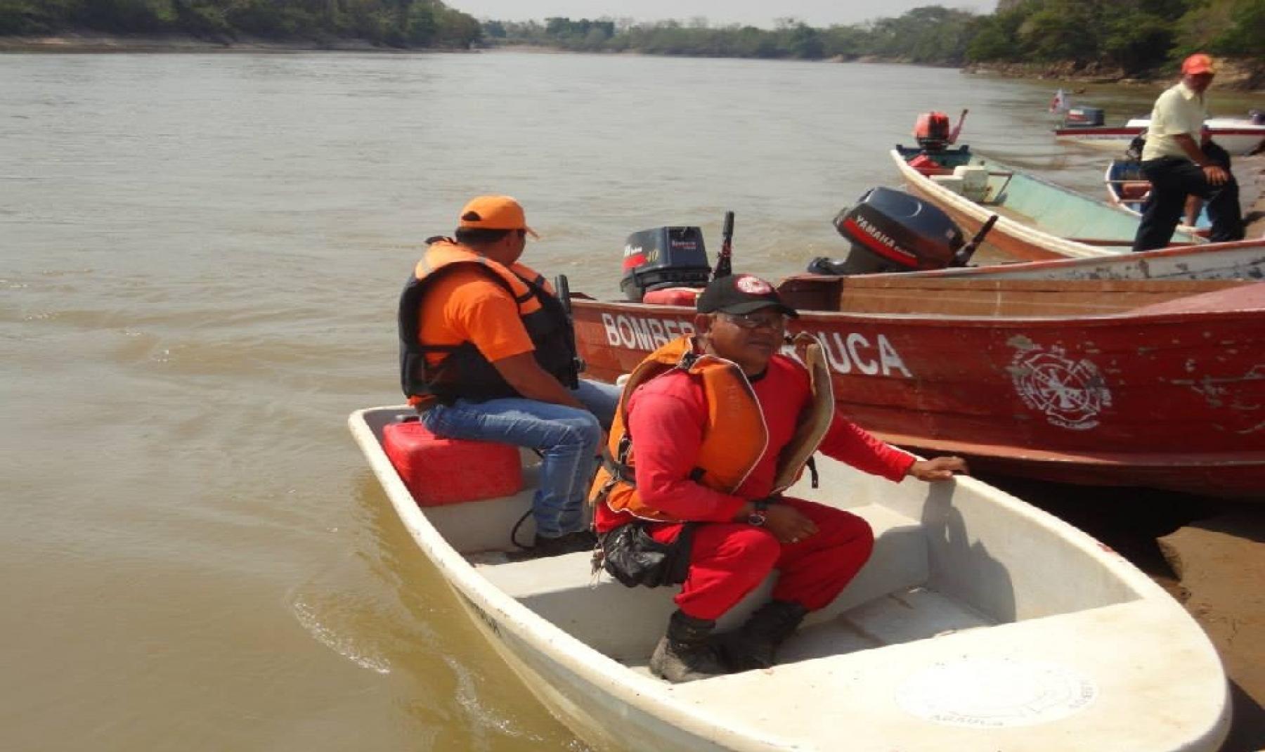 Niño indígena de dos años se ahogó en Caño Azul de San José de El Lipa.  Iba con su mamá en una canoa y chocaron contra un tronco.
