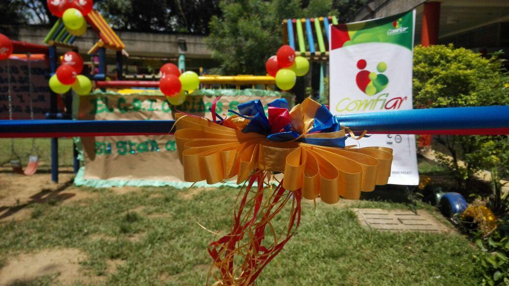 Comfiar y Ejercito Nacional entregaron parque infantil al CDI, Caritas Felices