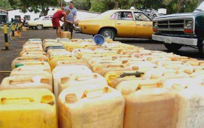 Disparado contrabando y venta informal de gasolina en Arauca