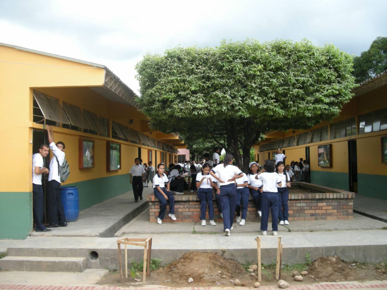 Saravena inicia con inversiones en sus planteles educativos para jornada única