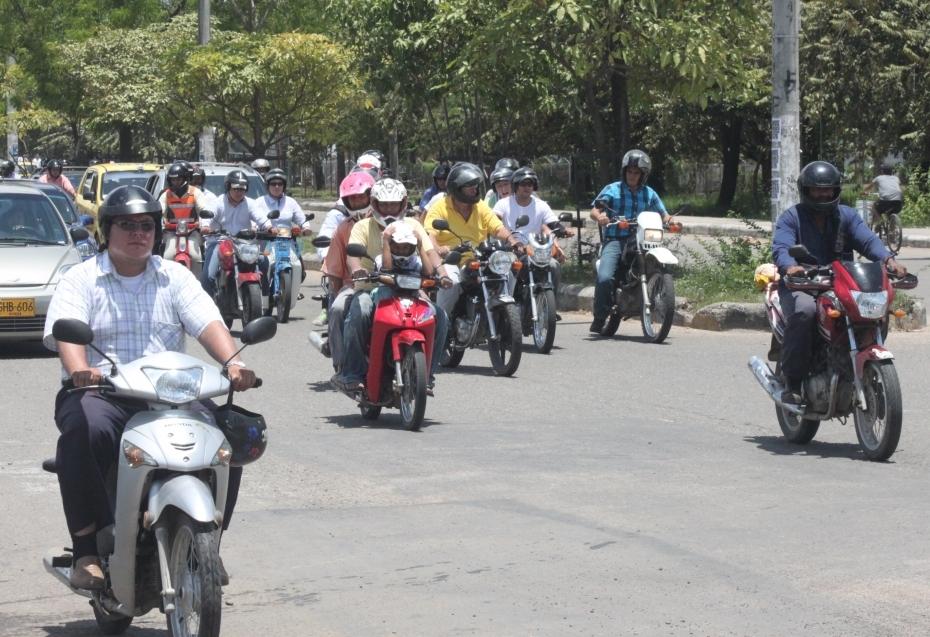 En Arauca se prohíbe el tránsito de parrillero hombre, los trasteos y traslado de escombros como medidas de seguridad