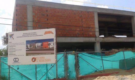 Habitantes de Cravo Norte esperan que por fin terminen de construir su hospital