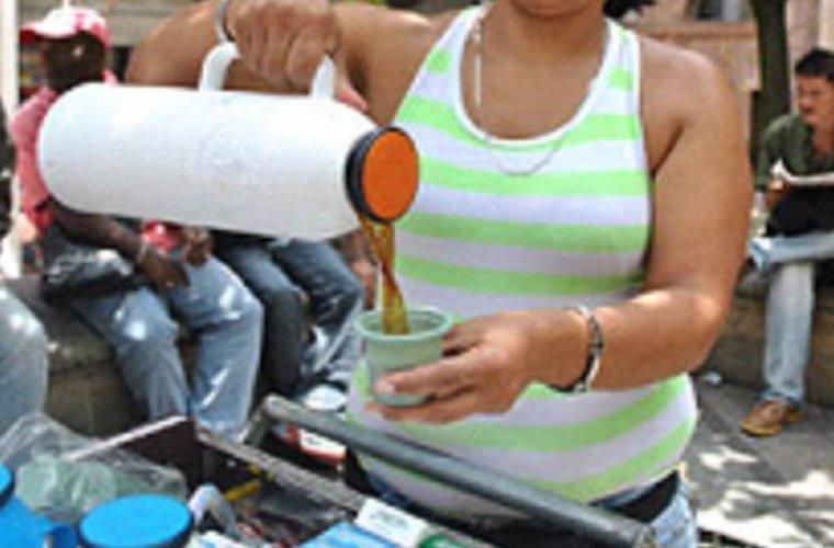 Camufladas de vendedoras de tinto, venezolanas estaría ofreciendo servicios sexuales