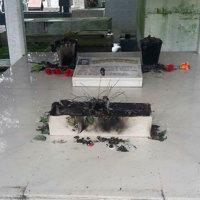 Tumbas quemadas en el cementerio de Arauca