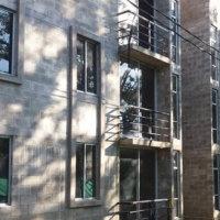 Este viernes se hará entrega formal de los apartamentos en Laureles. COMFIAR, aseguró que aún falta el trámite de legalización.