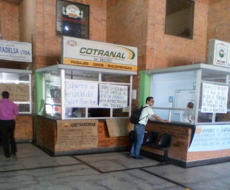 Gremio de taxistas intermunicipales le exigió la renuncia al Gerente de la terminal de transportes terrestre de Arauca