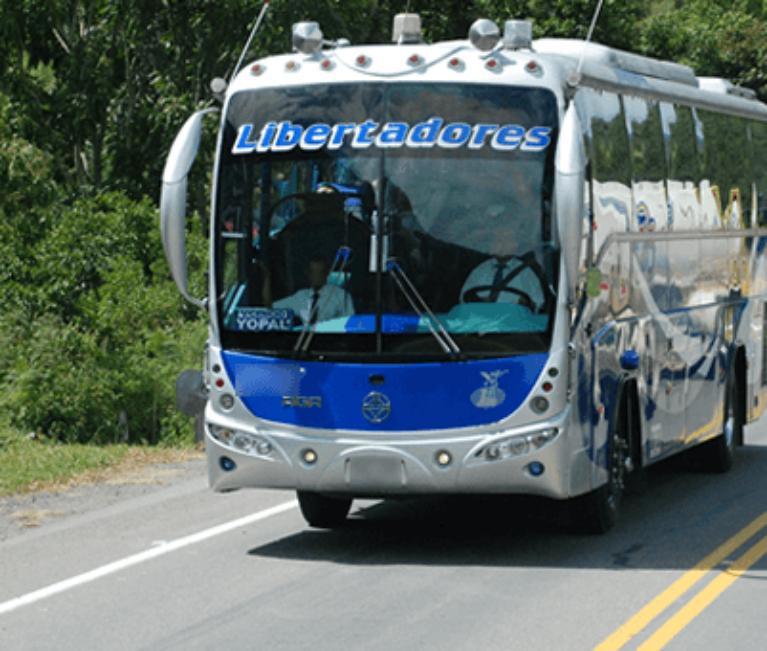 Un bus de la empresa Los Libertadores fue quemado en Arauquita