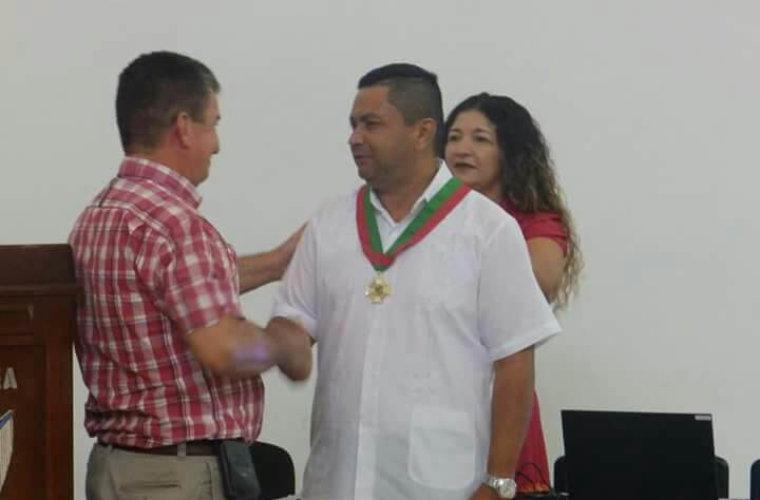 Con la medalla general Francisco de Paula Santander fueron exaltados algunos comerciantes y empresarios de Arauca