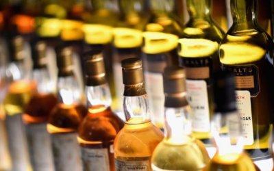Van a intensificar operativos para detectar licor adulterado o de contrabando.