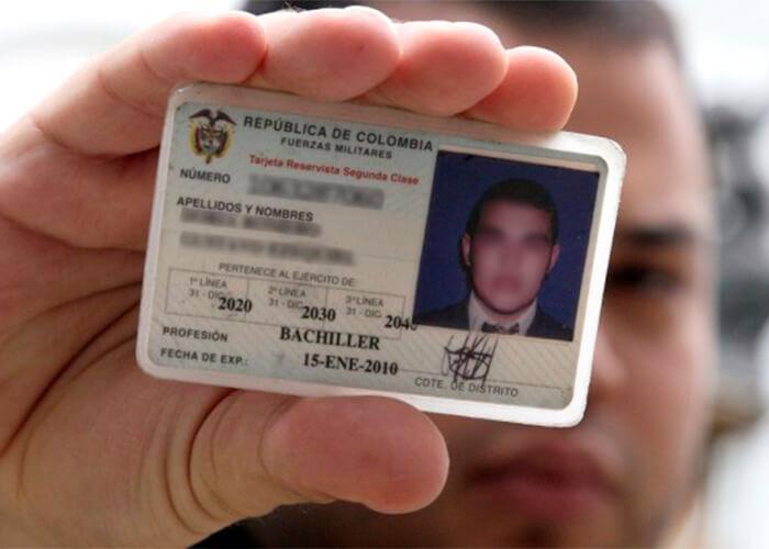 Población víctima del desplazamiento podrá obtener de forma gratuita la libreta militar