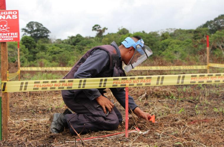Defensor del Pueblo pide con urgencia programa de desminado para Arauca