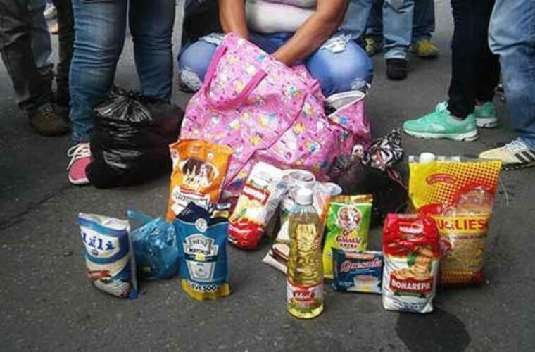 Vendrán sanciones para vendedores que se ubiquen a las afueras de los colegios. Hubo petición de padres de familia y rectores.