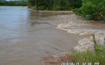 Gestión del Riesgo, dice que no intervendrá dique en El Torno hasta que agua baje.