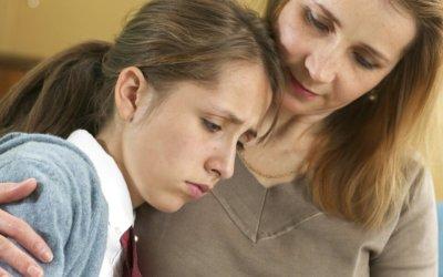 """""""Padres a vigilar comportamiento de sus hijos. Esto ayuda a prevenir conductas suicidas"""":Unidad de Salud."""