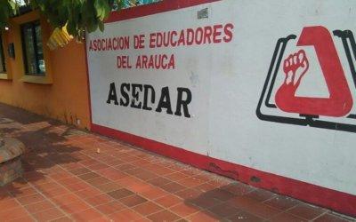"""Con marchas en los siete Municipios docentes rechazaron señalamientos del Centro Democrático, que los tildó de """"adoctrinadores""""."""