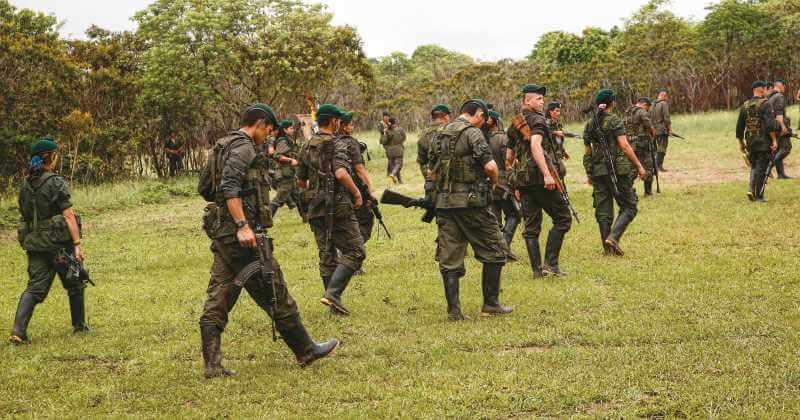 En operaciones simultáneas, caen seis integrantes de las disidencias de las Farc.