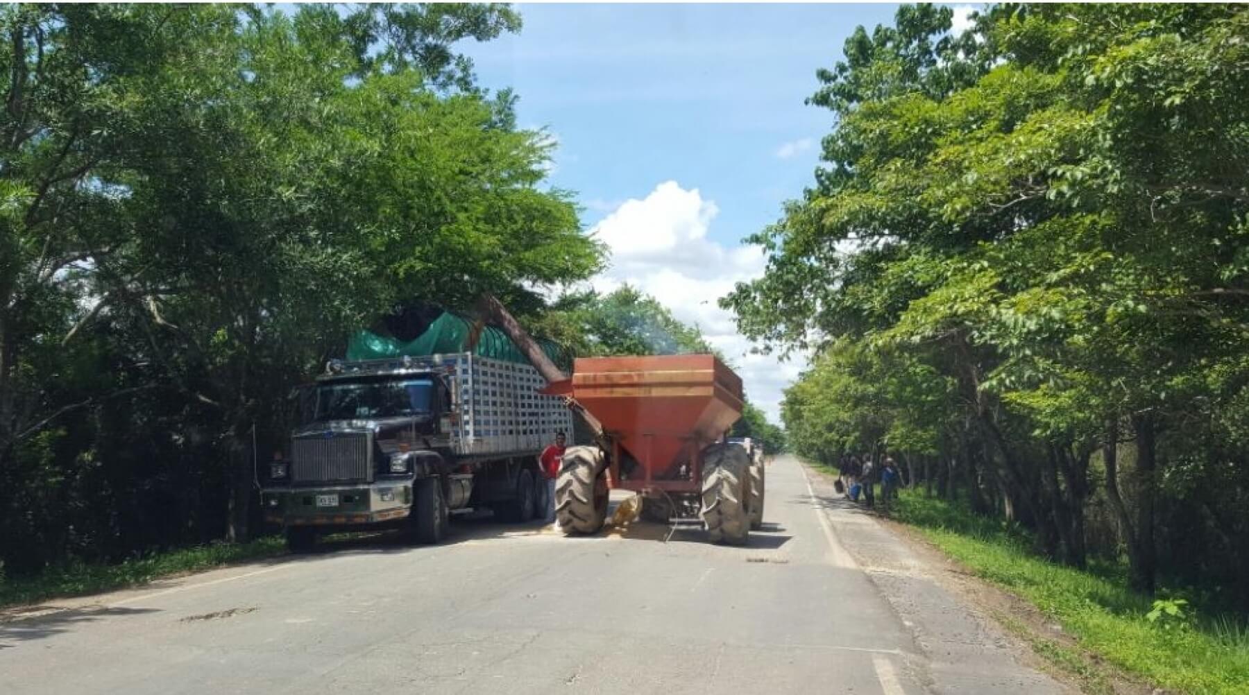 Sin control los arroceros en Arauca. Ponen en riesgo la vida de conductores.