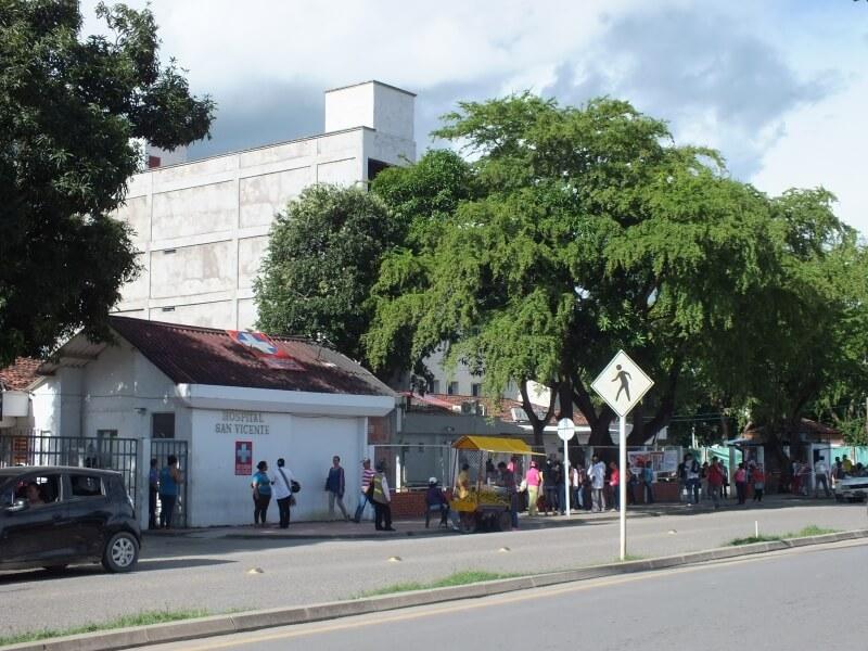 Pagar a tiempo salarios el gran desafío en el hospital San Vicente.