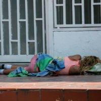Reprochan presencia de venezolanos, pero les cobran por quedarse en patios de viviendas.