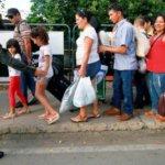Luego de los combates en la frontera, venezolanos huyen hacia Colombia