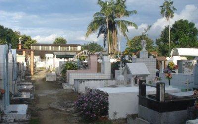 Vienen mejoras para el cementerio Municipal. Se ejecutará contrato para arreglo de muro y rejas. Hay disputa de dos barrios por empleos.
