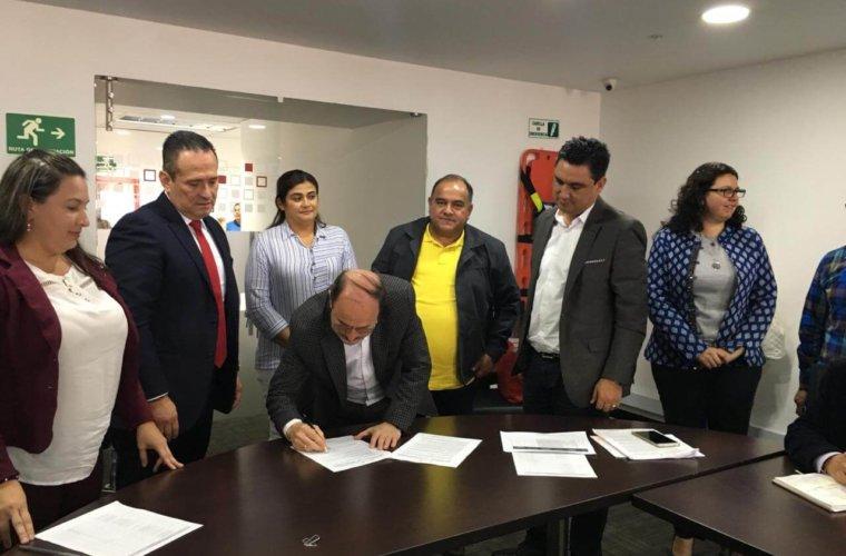 Unidad de Victimas y la Gobernación firmaron convenio para la generación de ingresos.