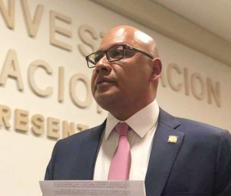 No puede construir su campaña atacando y generando más odios, le dijo Luis Emilio Tovar a Oscar Evelio Duran.
