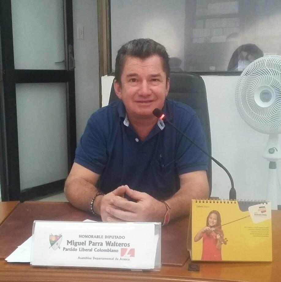 Al diputado Miguel Parra, disidentes de las Farc se le llevaron su vehículo  blindado. Hecho ocurrió en Fortul.