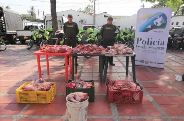 En Arauca la POLFA decomiso 1.143 kilos de carne de contrabando en  estado de descomposición. Los operativos se adelantaron en la mediagua.
