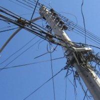 Robaron cableado eléctrico en el sector del dique a la altura de Playitas.  Ahora la oscuridad arropa a los viciosos.