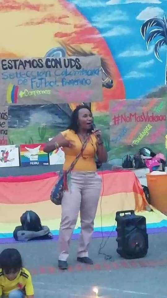 Lograron demostrar que líder afrodescendiente no agredió a Policía durante desalojo. Estuvo detenida 24 horas.