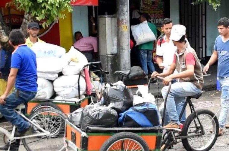 Inicio control a 'carruchas' en Arauca. Gobierno Municipal ha aplicado comparendo a dueños por entorpecer la movilidad.