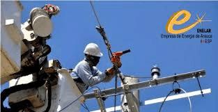 Enelar fortalece la infraestructura eléctrica e Puerto Jordán. Instalación de postería en el sector la libertad beneficiará cerca de 150 familias.