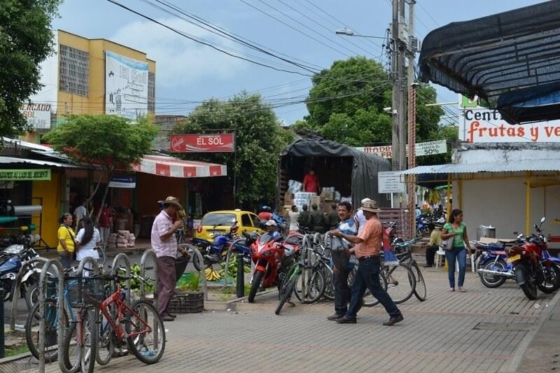 Comerciantes afectados por controles contra carrucheros en el centro de la ciudad. Nos corrieron la clientela.