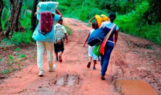Con nuevas disposiciones del Gobierno niegan ayuda a desplazados. Tampoco les ha respondido la Unidad de Víctimas.