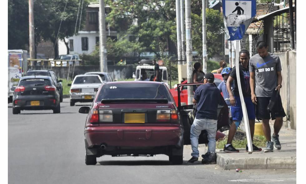 Los piratas hacen su agosto mientras los Alcaldes prohíben el transporte público entre municipios