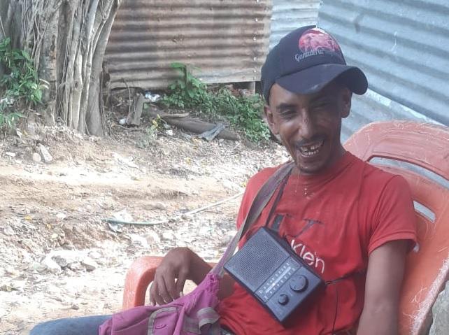 Muy feliz humilde reciclador en Arauca que salió beneficiado del subsidio solidario