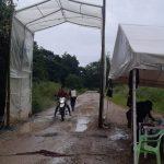 Campesinos de Santo Domingo se protegen con un punto de desinfección